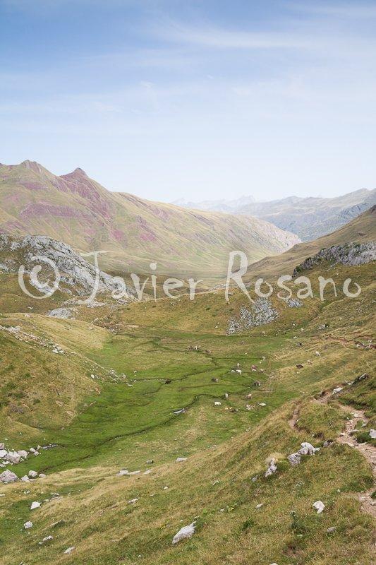 Vista sobre el fondo del valle de Aguas Tuertas